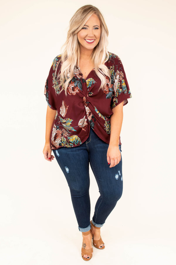blouse, short sleeve, vneck, split front, twisted front, longer back, wine, red, yellow, blue, white, floral, comfy
