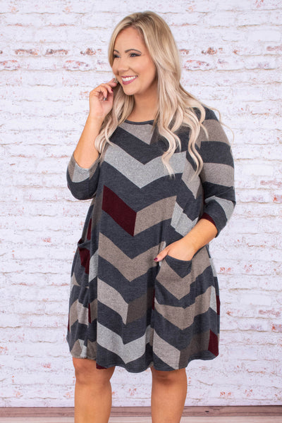 dress, short, three quarter sleeve, pockets, flowy, comfy, gray, tan, burgundy, chevron