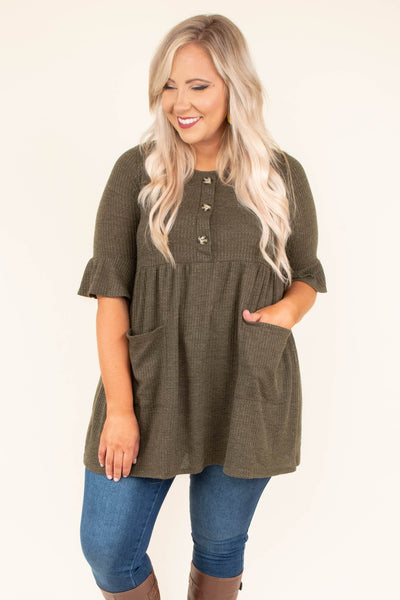 shirt, short sleeve, babydoll, pockets, quarter button down, ruffle sleeves, flowy, olive, comfy