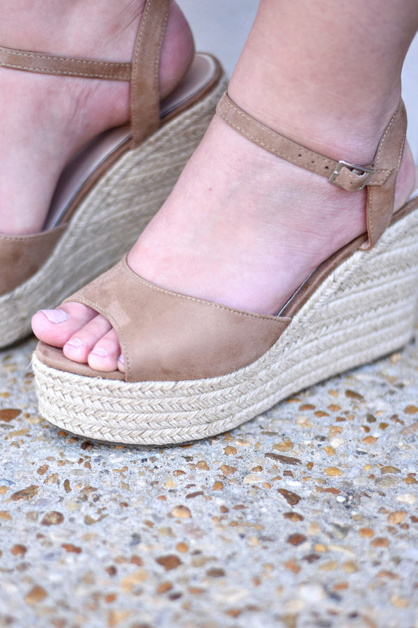 Sitting Pretty Wedges, Beige