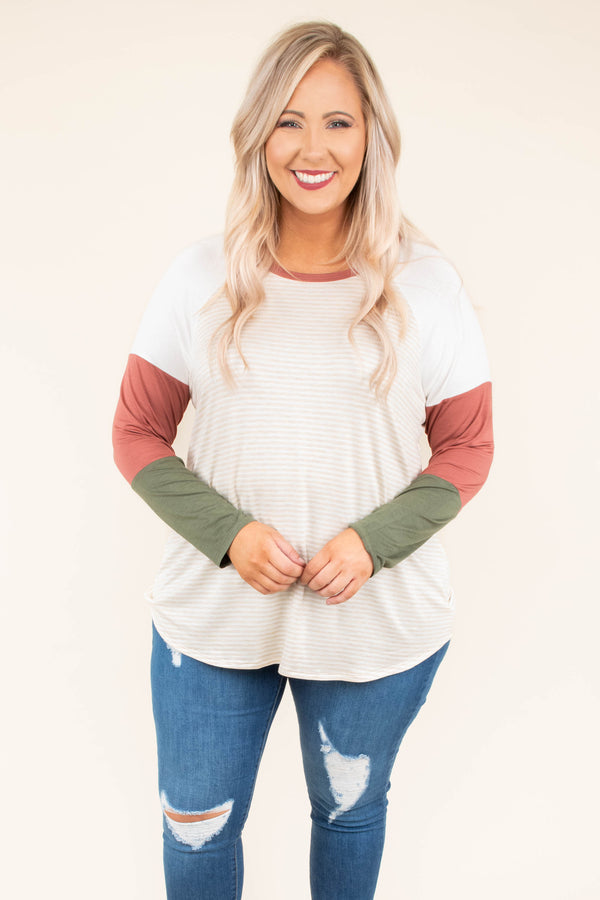 shirt, long sleeve, oatmeal, colorblock sleeves, red, green, curved hem, comfy, fall, winter