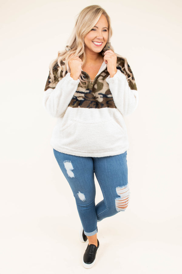 pullover, long sleeve, quarter zip, front pocket, white, green, camo, colorblock, fuzzy, comfy, outerwear, fall, winter