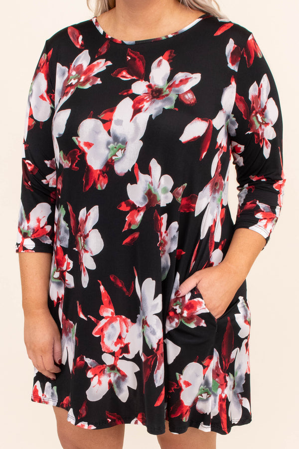 dress, short, three quarter sleeve, pockets, flowy, black, gray, red, green, floral, comfy