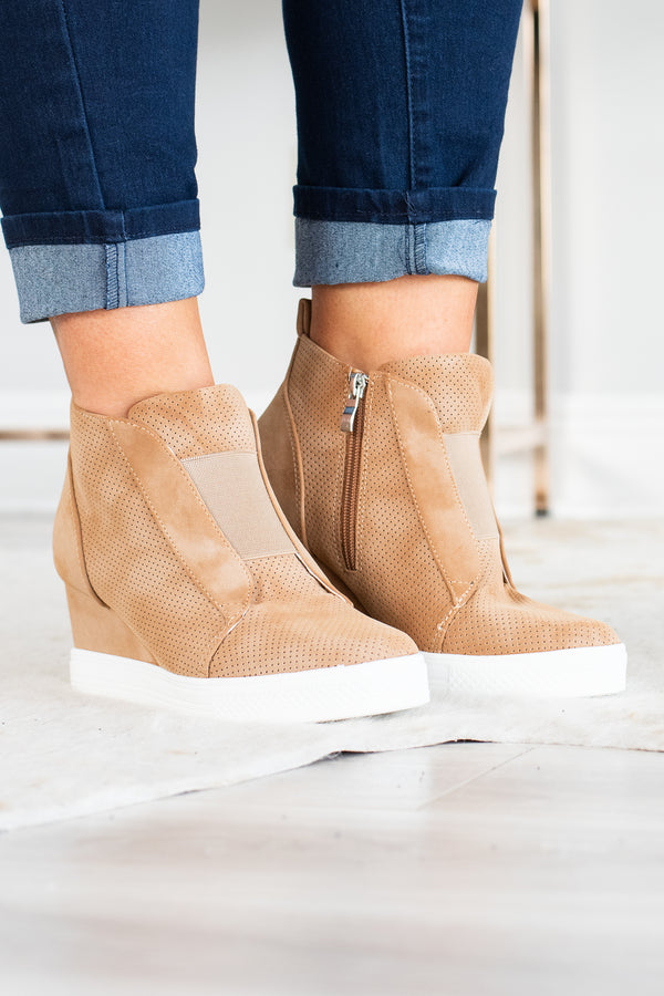 Catch My Vibe Sneakers, Camel