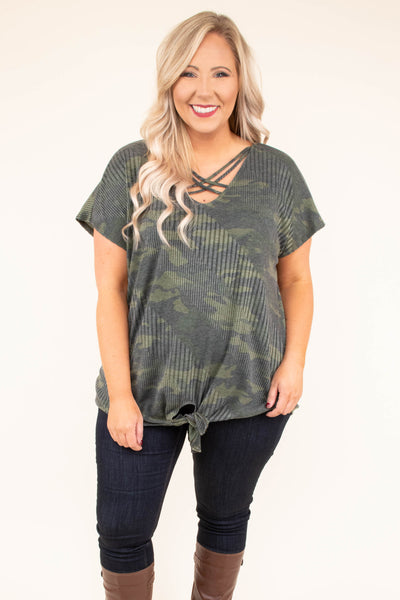 shirt, short sleeve, vneck, crisscross neck, tie front, green, camo, comfy