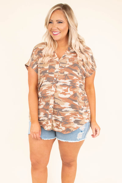top, casual top, camo, short sleeve, v neck, flowy