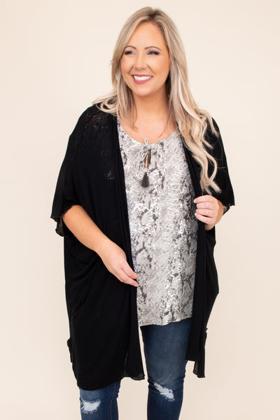black, solid, neutral, kimono, open front, flowy, figure flattering, long, above the knee
