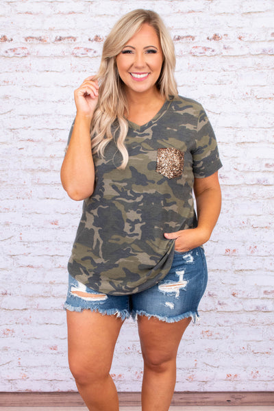 shirt, short sleeve, vneck, chest pocket, glitter pocket, curved hem, loose, black, green, camo, comfy