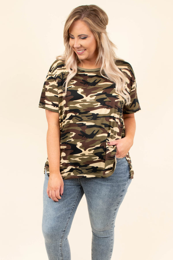 top, casual top, short sleeve, camo, green, grey, curved hem