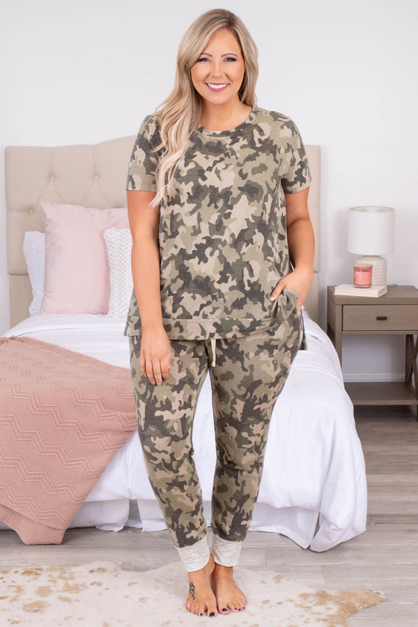 camo, top, short sleeve, round neck, neutral, hemline, print, comfy, lounge