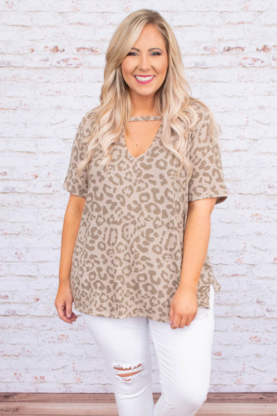 shirt, short sleeve, vneck cutout, loose, tan, leopard, comfy