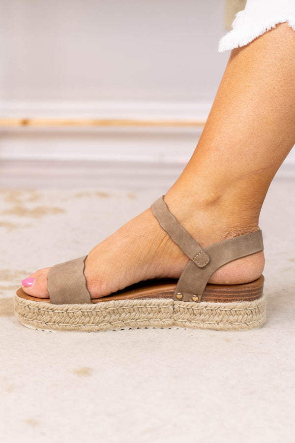 wedges, platform, open toed, open heel, rope heel, scalloped edge, straps, taupe