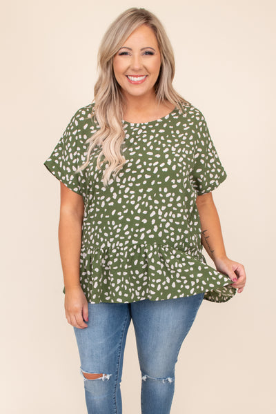 top, short sleeve, olive, cream, print, ruffle, baby doll, top, flowy, figure flattering