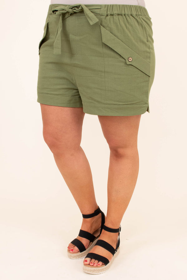 shorts, above knee, pockets, tie, elastic waistband, green, olive, spring, summer