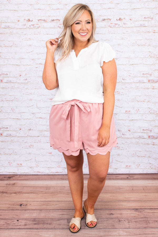 shorts, above the knee, tie, layered scalloped hemline, pink, mauve, comfy, spring, summer