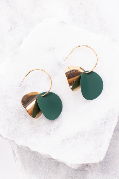 earrings, hanging, gold, green, circles