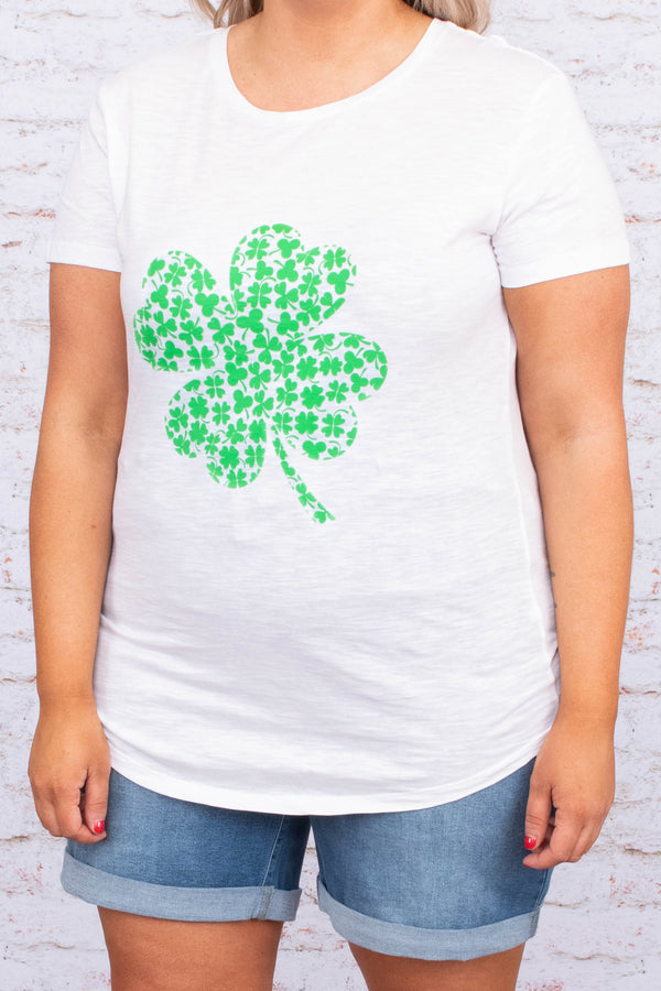 tshirt, short sleeve, curved hem, white, graphic, four leaf closer, green, comfy
