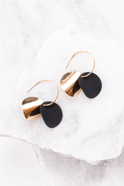 jewelry, earrings, black, gold, circles, hanging