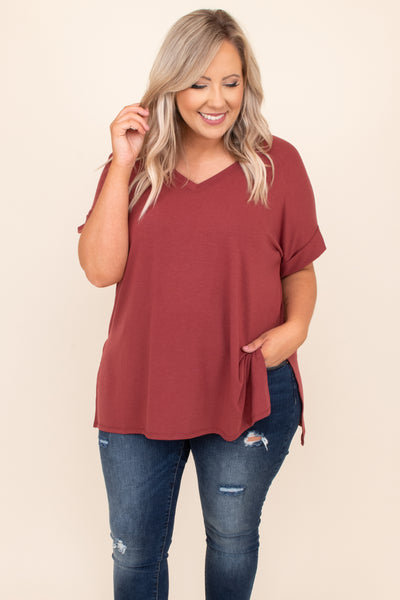 relaxed fit, comfy, top, short sleeve, solid, neutral, flowy, split hem, figure flattering, brick
