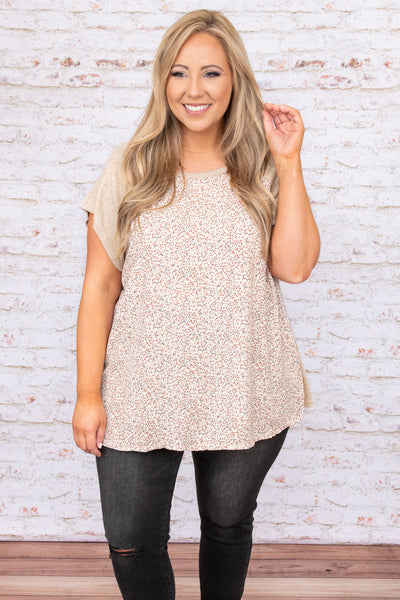 top, casual, oatmeal, ivory, rust, white, floral, short sleeve