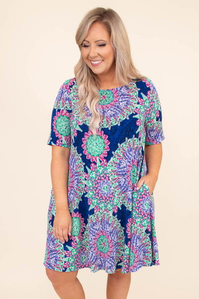 dress, short sleeve, loose, straight fit, royal, pink, green, printed, paisley