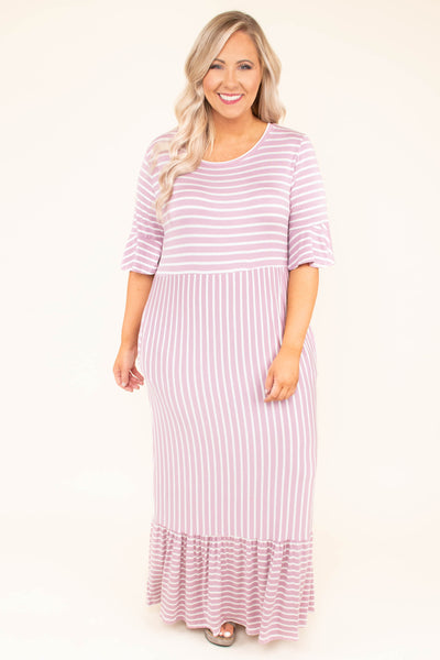 dress, maxi, short sleeve, scoop neck, form fitting, riffle bottom, ruffle sleeves, lavender, white, striped, comfy