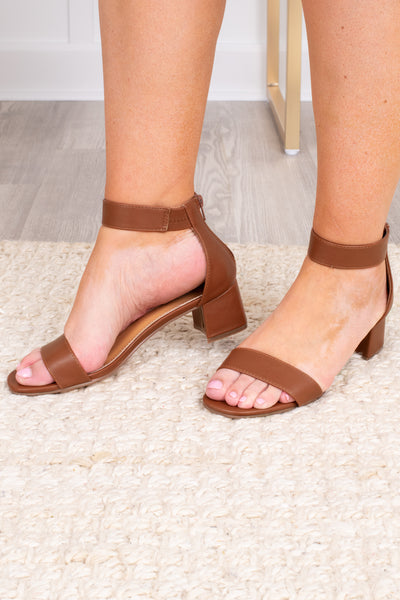 shoes, heels, block heel, cognac, brown, ankle strap, toe strap, low heel