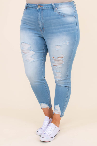 jeans, light wash, above the ankle, distressed
