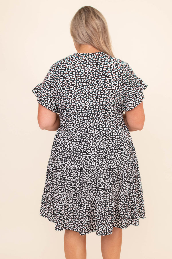 dress, short dress, knee length, leopard, black, white, short sleeve, ruffle sleeves, loose, comfy