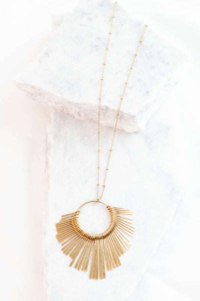 New Romance Necklace, Gold