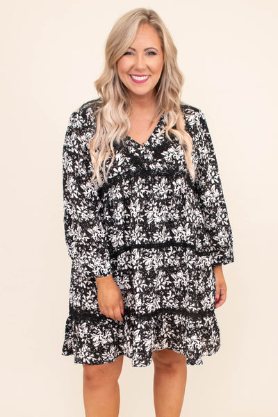 dress, short, three quarter sleeve, vneck, bubble sleeves, babydoll, flowy, black, white, floral, comfy