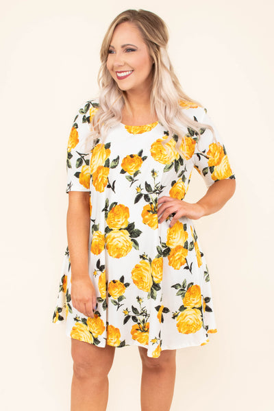 dress, short, short sleeve, flowy, white, floral, yellow, green, comfy, spring, summer