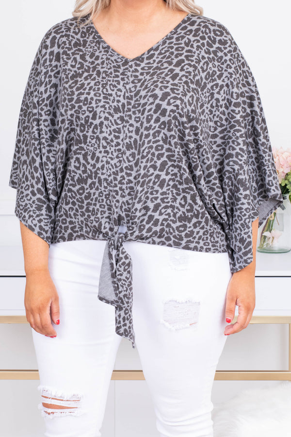 shirt, three quarter sleeve, vneck, bell sleeves, tie front, short, gray, leopard, comfy