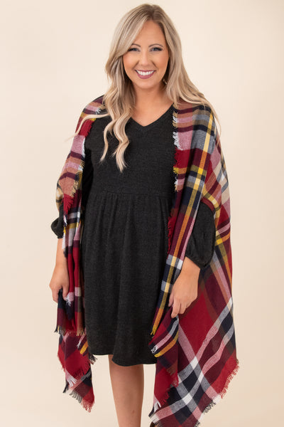 plaid, red, shawl, flowy, loose, oversized, figure flattering, short sleeve