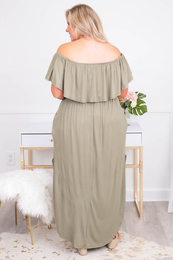 dress, maxi, off the shoulder, short sleeve, ruffle top, flowy, pockets, high slit, comfy, green