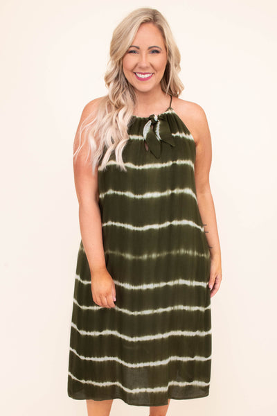 dress, midi, sleeveless, halter, tied neckline, flowy, olive, white, tie dye stripes, comfy, spring, summer