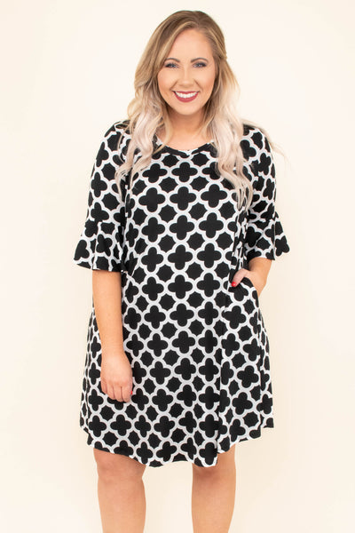 dress, three quarter sleeve, short, pockets, black, white pattern