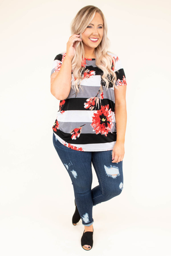 shirt, short sleeve, curved hem, glitter pocket, black, white, gray, striped, red, floral, flowy
