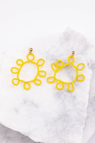 earrings, beaded, sun shaped, yellow, gold