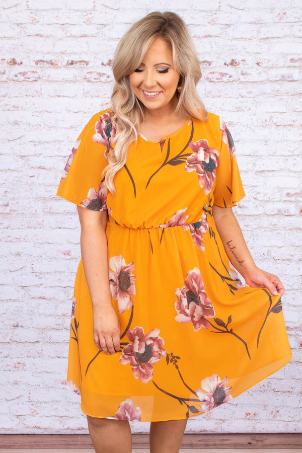 dress, short dress, knee length, yellow, floral, short sleeve, pink, flowy, loose, comfy