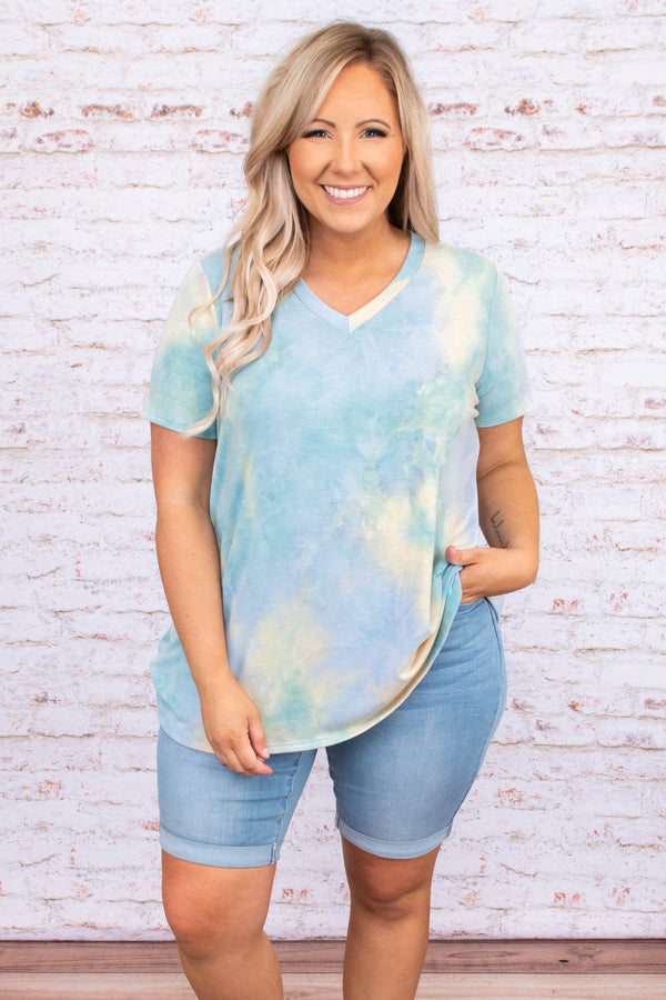 shirt, short sleeve, v neck, tie dye, loose, comfy, blue, yellow