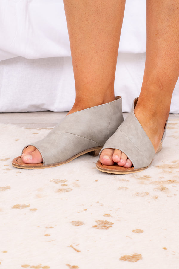 shoes, sandals, open toe, grey, spring, summer