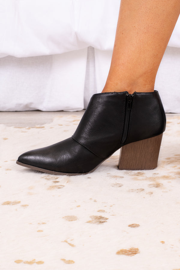 shoes, booties, cut out, black, block heel, pointed toe
