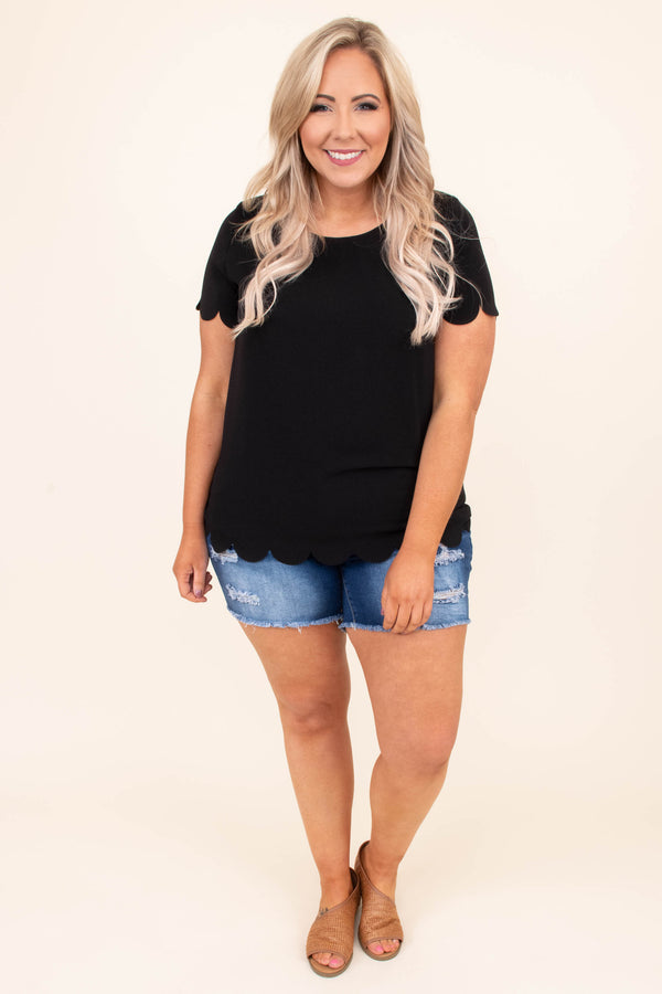 shirt, short sleeve, scalloped hems, fitted, black, comfy