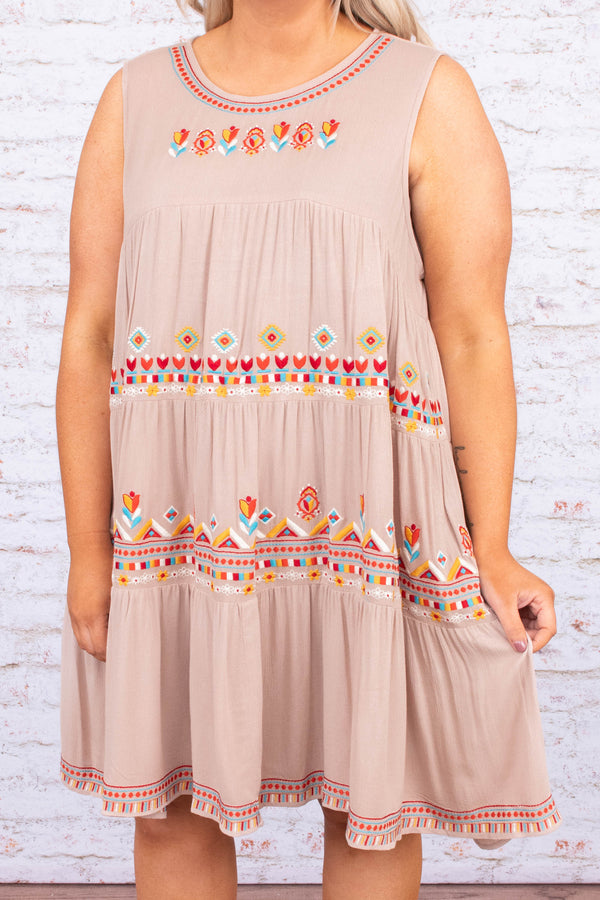 dress, sleeveless, embroidered, taupe, red, blue, tiered dress