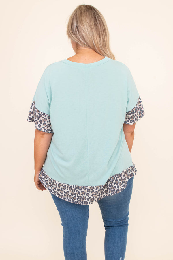 shirt, short sleeve, curved hem, loose, blue, leopard hems, brown, black, comfy
