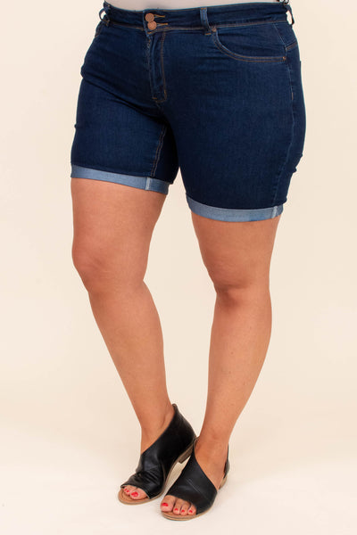 shorts, denim, dark wash, cuffed hem, above the knee, blue, solid