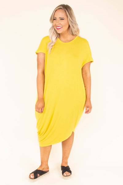 dress, long, short sleeve, round neck, yellow, solid