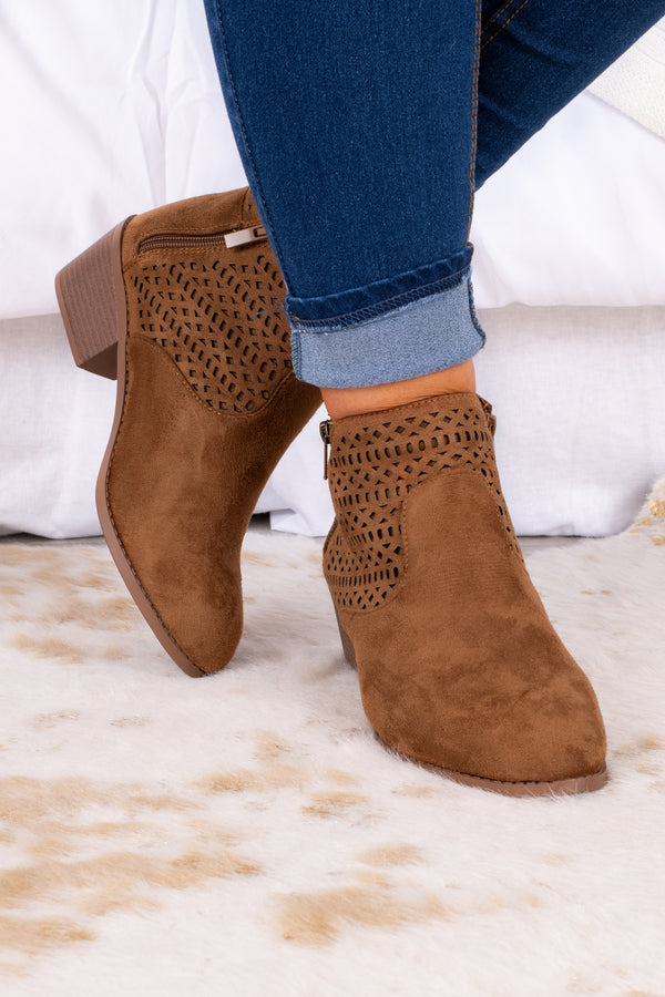 shoes, boots, booties, tan, rounded toe, small heel, block heel