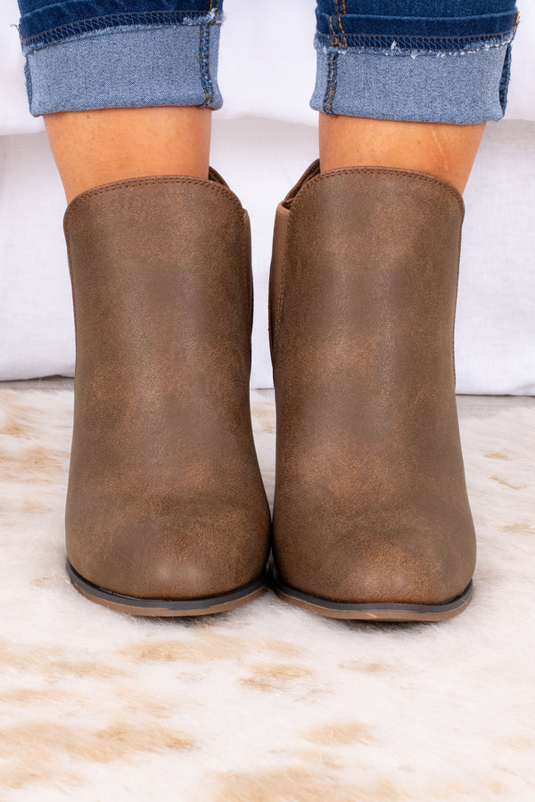shoes, boots, booties, block heel, tan, elastic sides